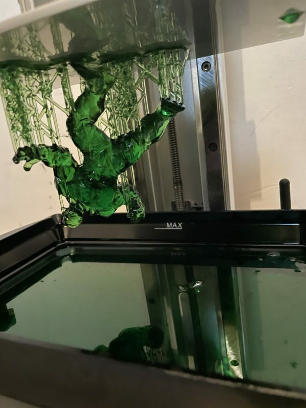 Anycubic Photon Mono X Review - Printing Hulk in Green - 3D Printerly
