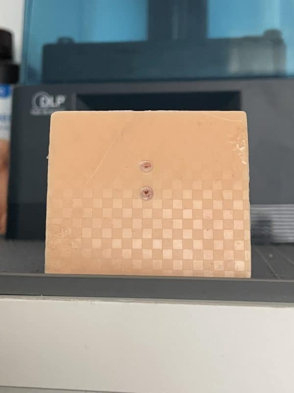 Anycubic Photon Ultra Review - Checkered Pattern on Print - 3D Printerly
