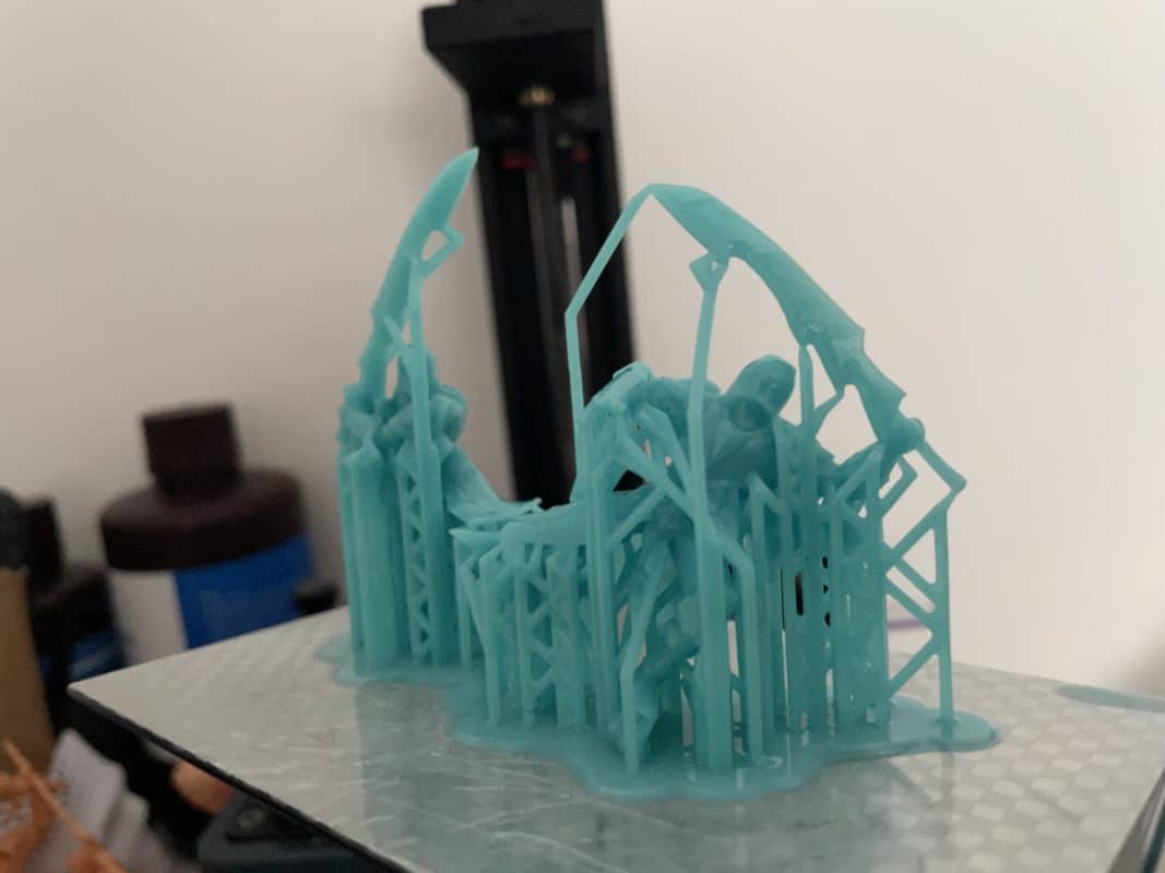 How to Orient Resin Models - Printed Knight Models on Build Plate - 3D Printerly